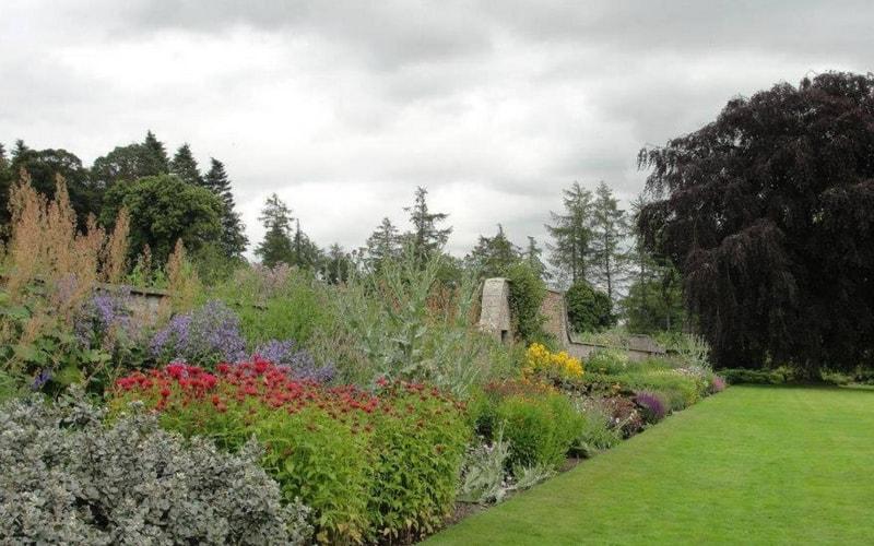 Le jardin anglais le plus beau et le meilleur des styles for Jardin anglais mixed border