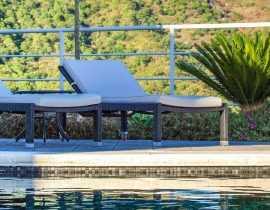 Aménager les abords d'une piscine en 5 ambiances